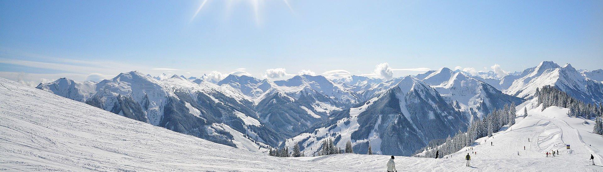 Panorama-Skifahren in Saalbach